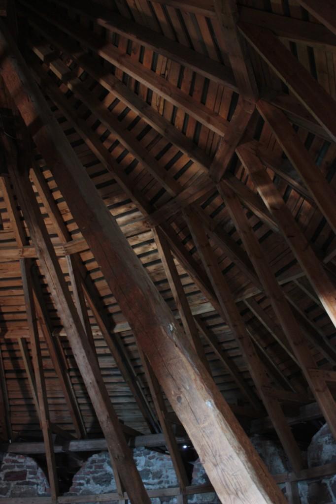 kellotornin-kattotuolit-3