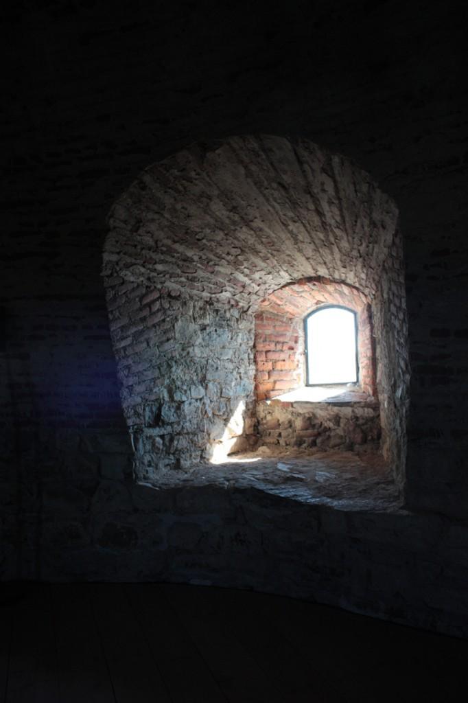ikkuna-aukko-pyöreä-holvi
